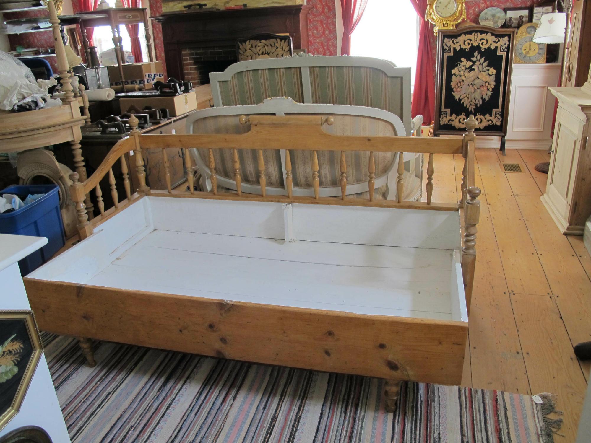 Antique Scandinavian Bench Seat Antique Sleeping Bench ...