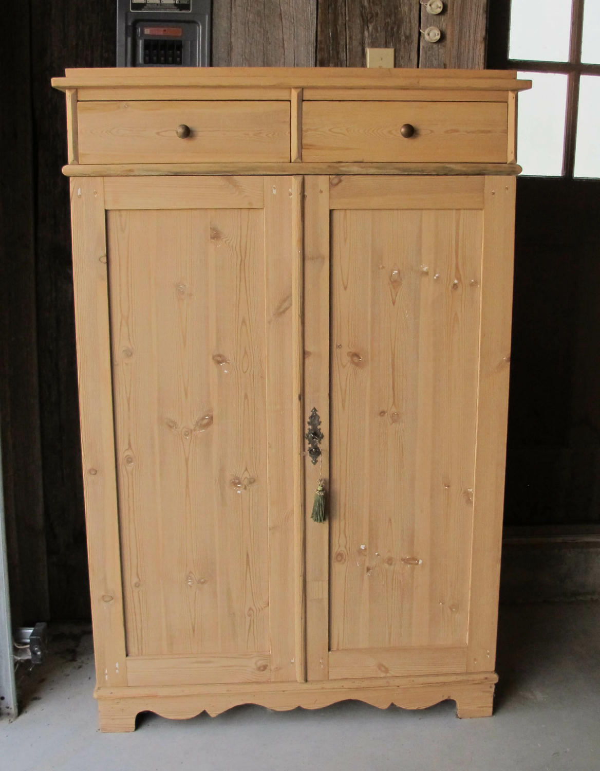 decor tall shaker p jelly storage and pine with amish chimney furniture primitive pie cupboard safes room perfect any for antique cupboards cooler cabinet